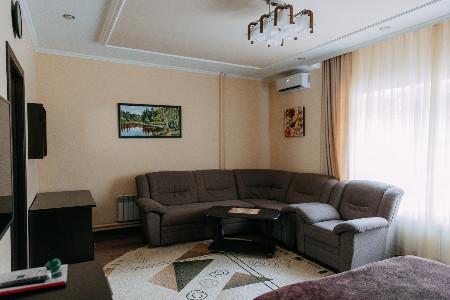 Апартаменты (2м)